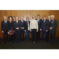 Nationale Dekade gegen Krebs: Felix Burda Stiftung verstärkt Begleitgremium.
