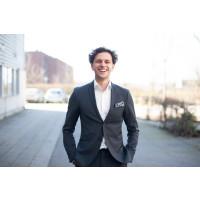 Entreprenören Oliver Titikic från Helsingborg får Kompassrosstipendiet 2020 för juridiskt nytänkande
