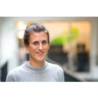Svenskar chattar som aldrig förr och snart kan mejlen vara utkonkurrerad