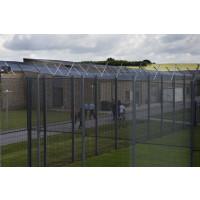 Mere end 100 nye pladser skal tage trykket af arresthusene