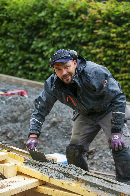 Bjørn bygger bo – Støpt støttemur 3