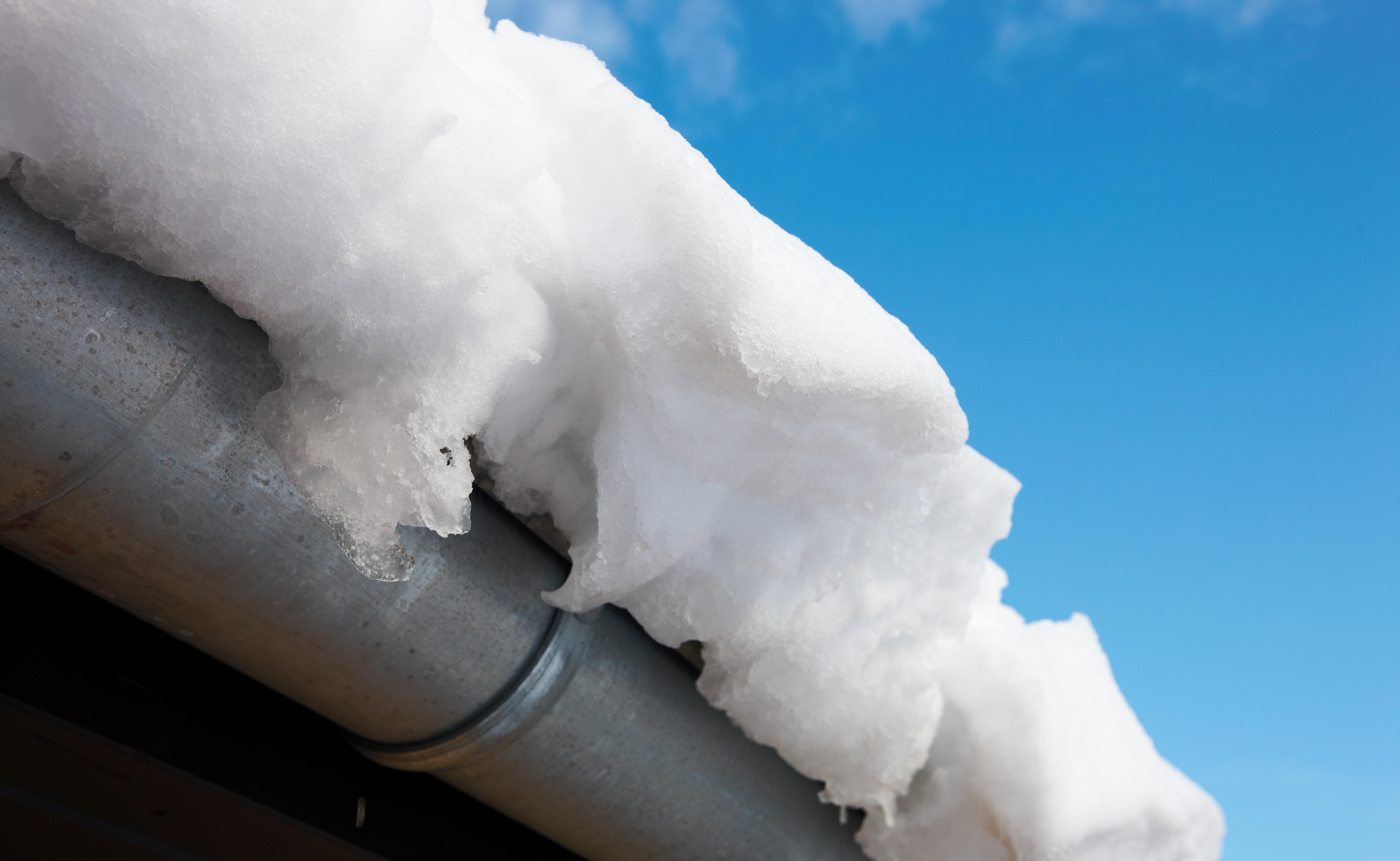 Hallien kattoturvallisuutta voidaan parantaa monitoroinnilla