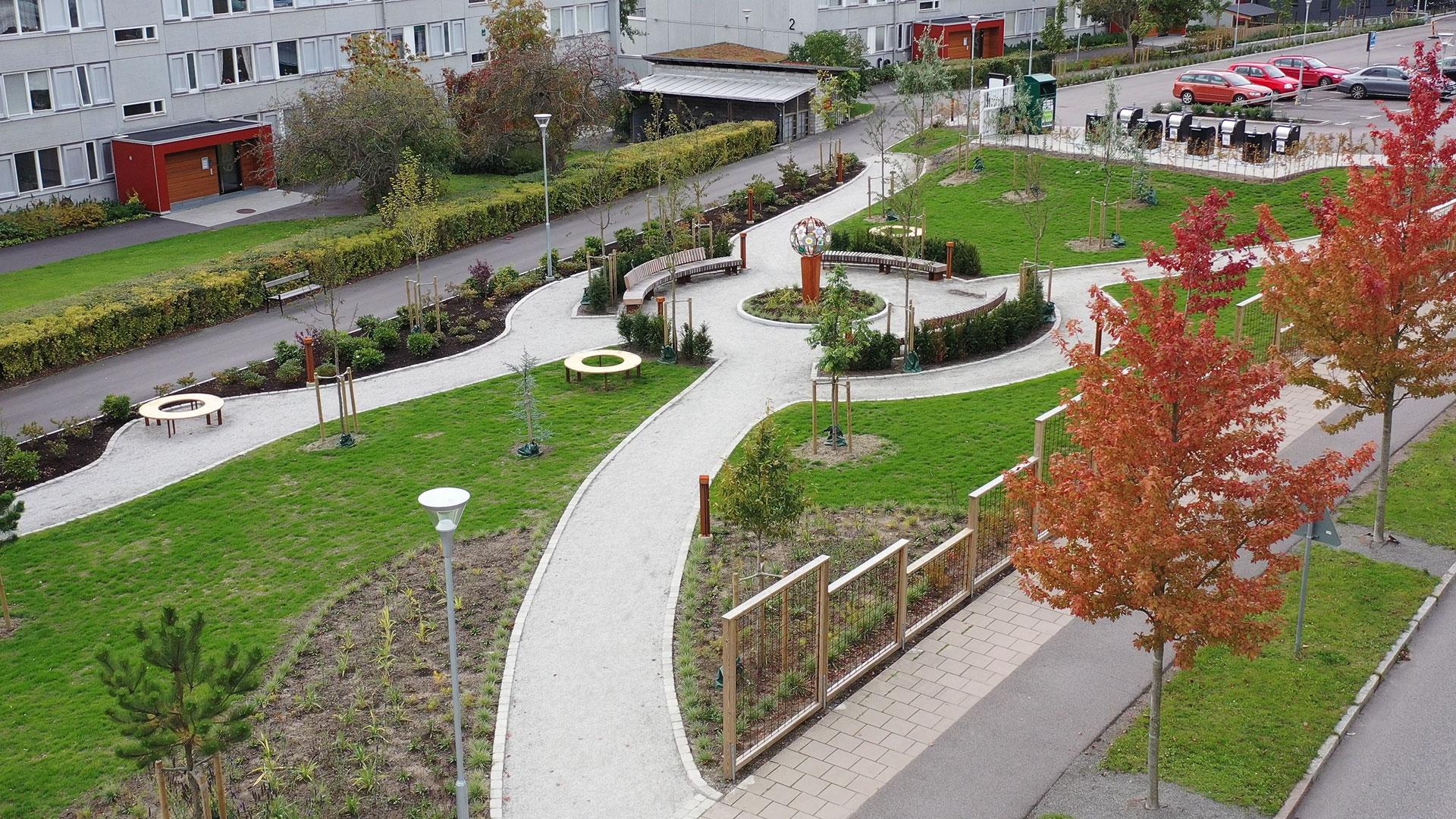 """Det sker mycket förnyelse på Linero. Här en bild på """"Världens trädgård"""", Linero, Lund."""