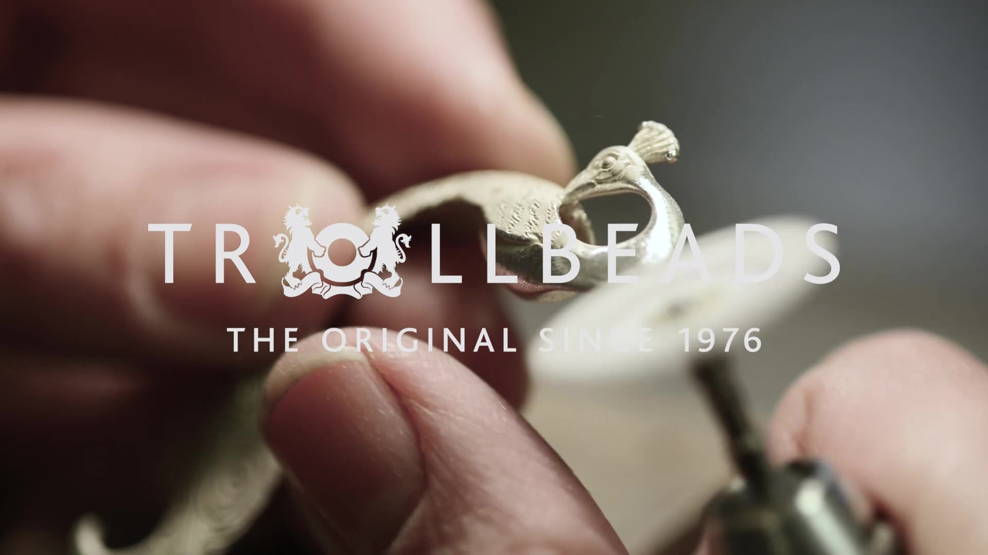 Craftsmanship in stunning silver pendant