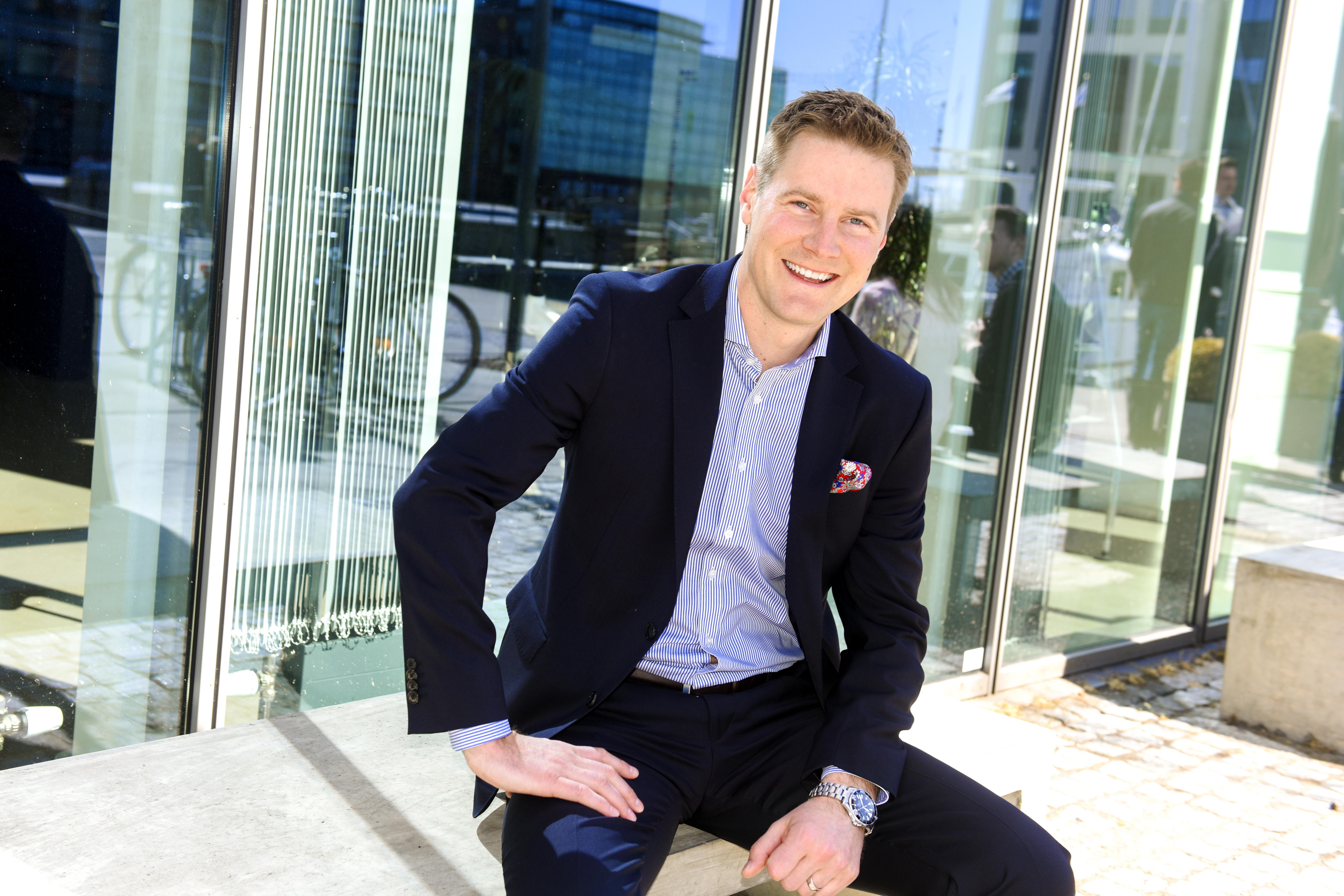 Ny försäljningsdirektör för Mercedes-Benz personbilar i Sverige och Danmark